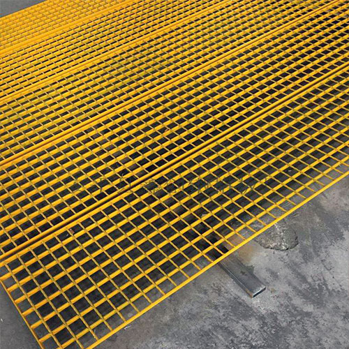 Powder Coated Steel Grating